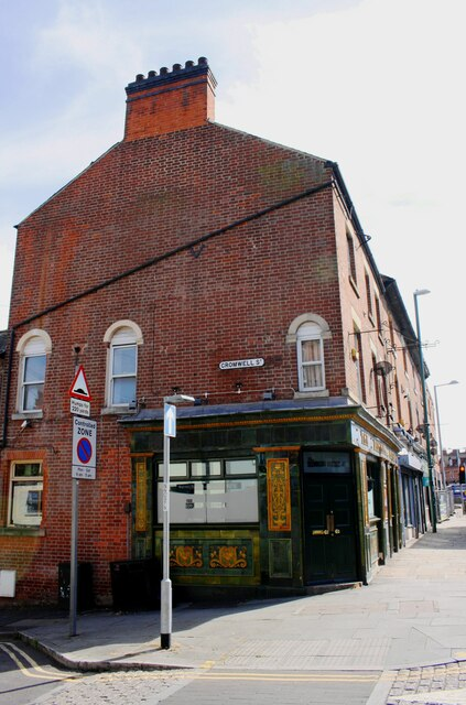 The Running Horse public house at Cromwell Street / Alfreton Road junction