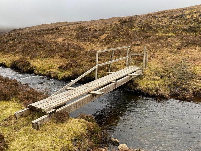 Footbridge across the Abhainn Dhubh