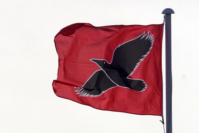 The raven banner flying in Uyeasound