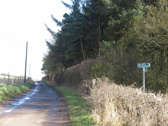 Footpath to Old Forgan Manse, near Inverdovat