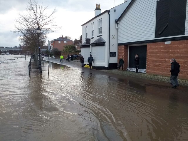 The River Dee in flood at Chester
