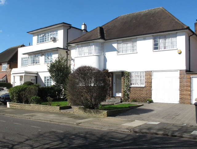 Different house styles, The Ridings, Ealing
