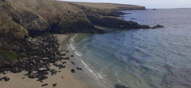 Coast between Uyeasound and Ore Wick