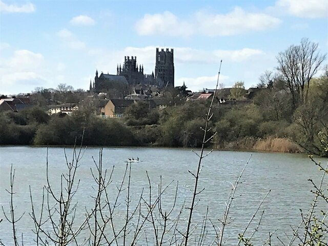 Roswell Pits and Ely cathedral