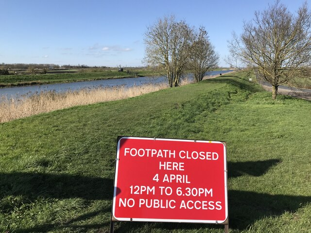 Crowd control at the 2021 University Boat race near Ely