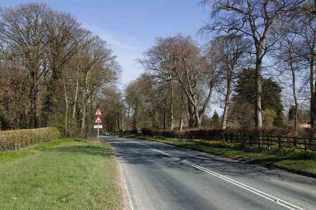 A61 Harrogate Road looking North