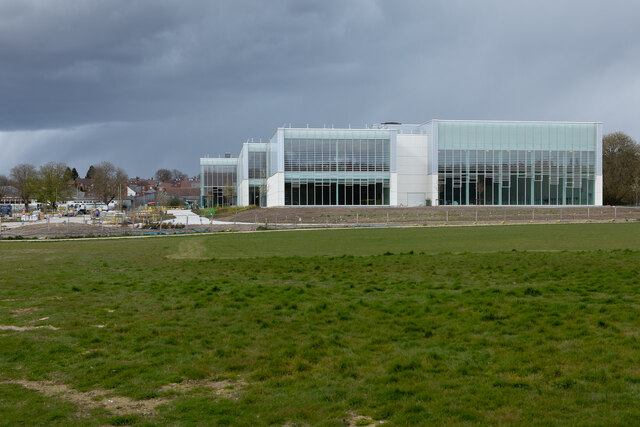 Winchester Sport and Leisure Park, Bar End