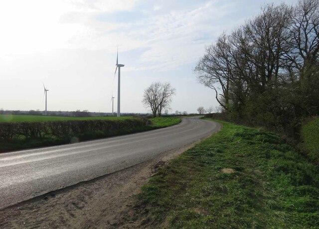Gilmorton Road towards Ashby Magna by Andrew Tatlow