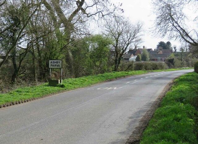 Leire Lane into Ashby Parva