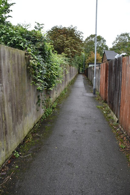Narrow footpath along the railway line