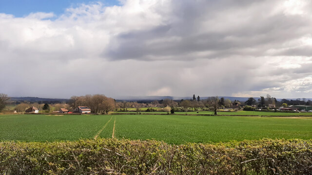 Snow showers over Gloucester