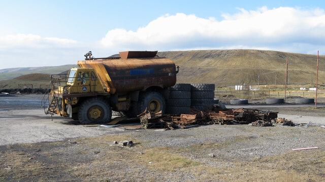 Mining vehicles at Cwmbargoed