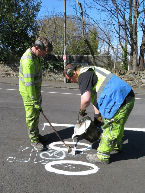 Street artists on Braid Road, in the times of Covid