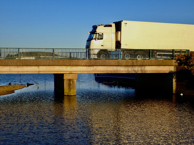 HGV travelling North along the southern section of the Shimna Bridge