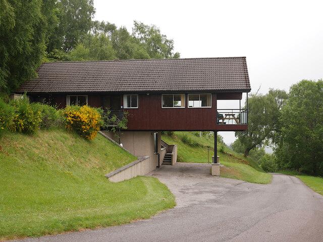 Chalet, Achmony Lodges