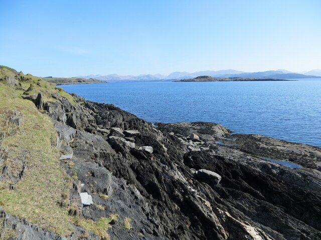 South end of Eilean nan Gamhna and the coastline of Lismore