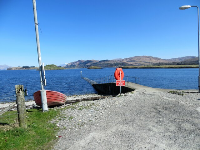 Jetty on the northern tip of Lismore