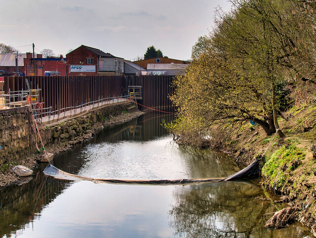 New Flood Defences at Hardy's Gate