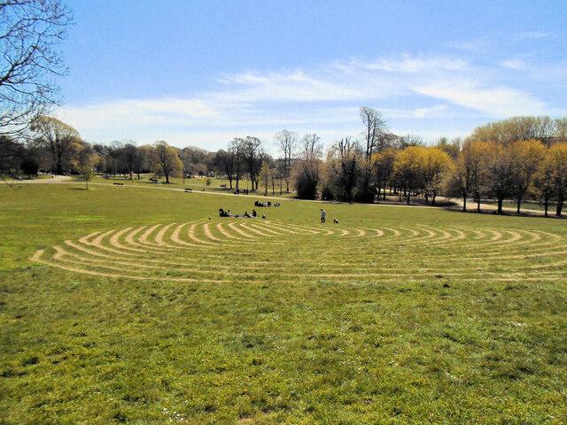 Fingermaze - Hove Park
