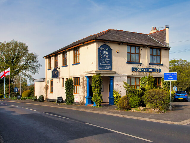 The Corner House, Wrightington Bar