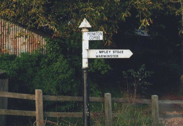 Direction Sign - Signpost by Brassknocker Hill