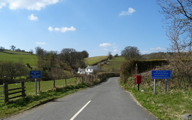 Minor road, Lowgill