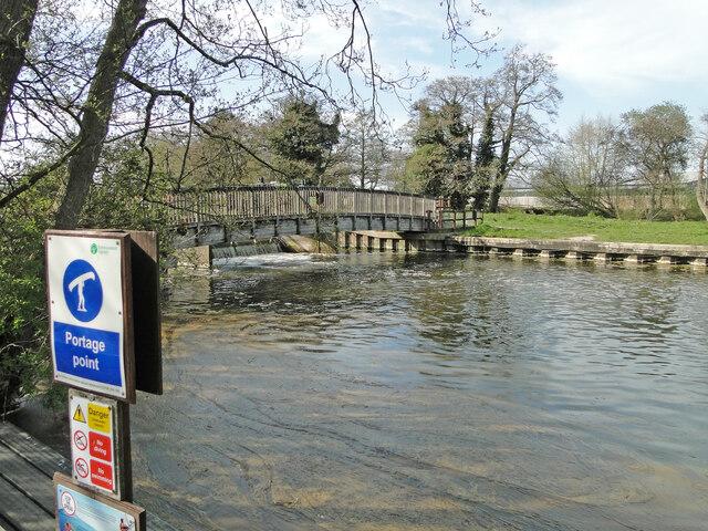 Sluice on the River Waveney at Bungay