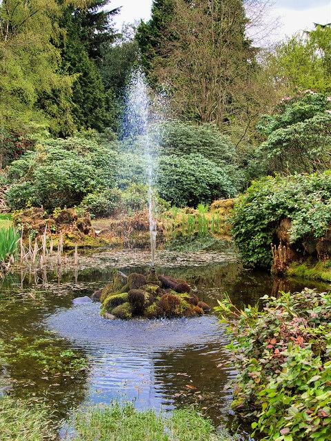Tatton Park Gardens, The Leech Pool and Fountain