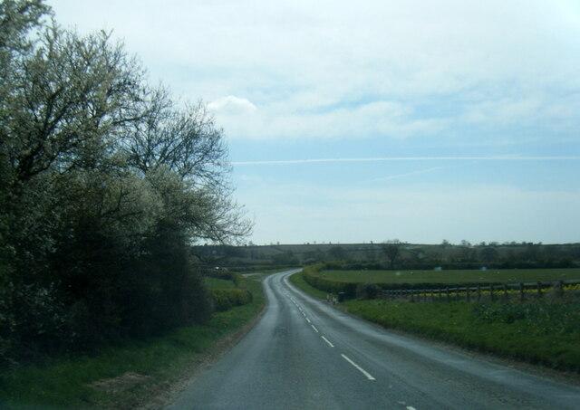 Road from Norton near Westow Low Grange