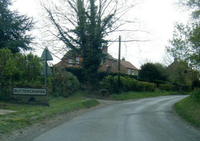 Lane at Buttercrambe village boundary