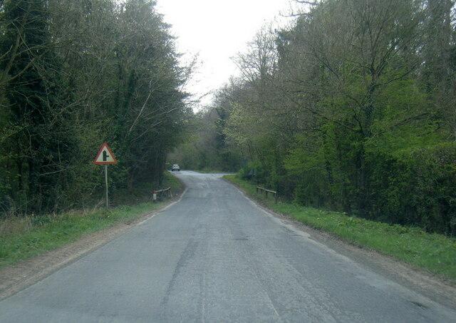 Buttercrambe Road crossing Mill Syke Beck