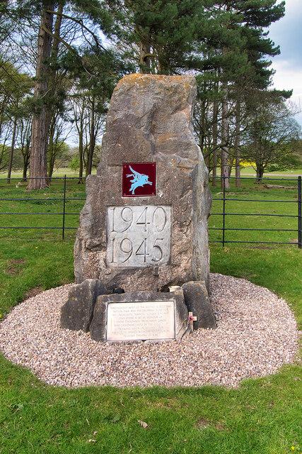 Airborne Forces Memorial Stone, Tatton Park