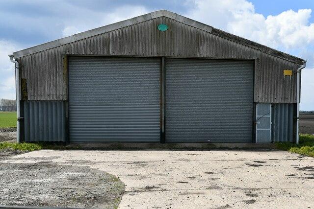 Brandon Bank, Corkway Drove: Isolated farm building