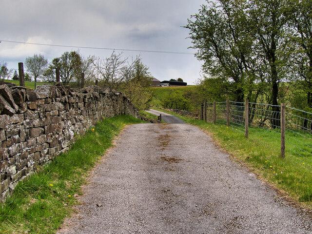 Track towards Lower Swineherd Lowe Farm