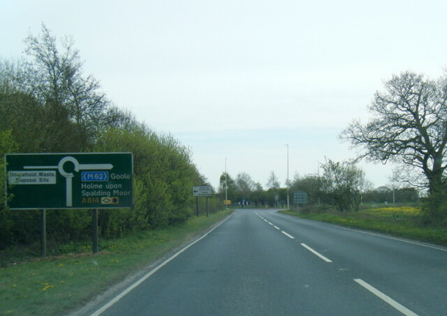 A614 nears Market Weighton Road roundabout