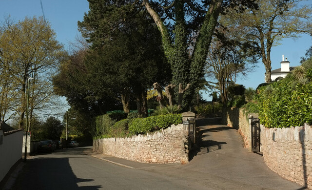 Driveway from Middle Warberry Road