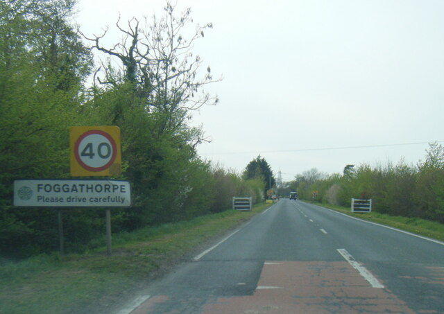 A163 at Foggathorpe village boundary