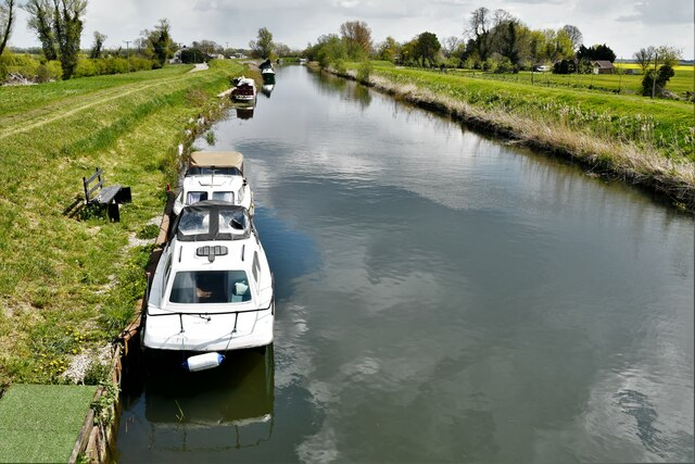 Brandon Bank: River Little Ouse from the private bridge