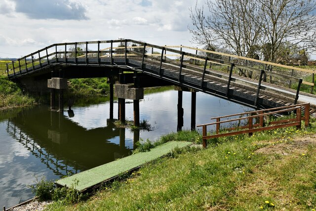 Brandon Bank: Private bridge over the  Little Ouse