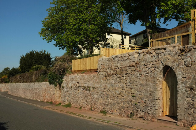 Wall, Middle Warberry Road