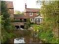 SK6846 : Hoveringham Mill and House by Alan Murray-Rust