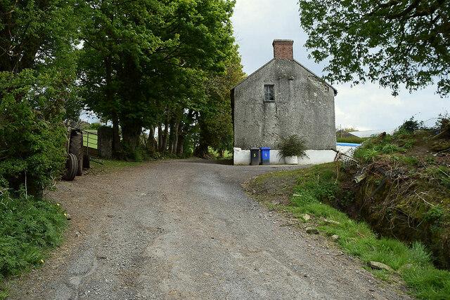 Old farmhouse, Legnabraid