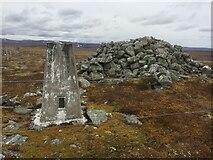 NH7719 : Càrn Dubh 'Ic an Deoir Trig Point and Cairn by thejackrustles