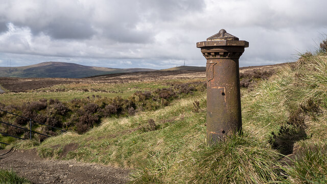 Old Boundary Post, McArt's Fort