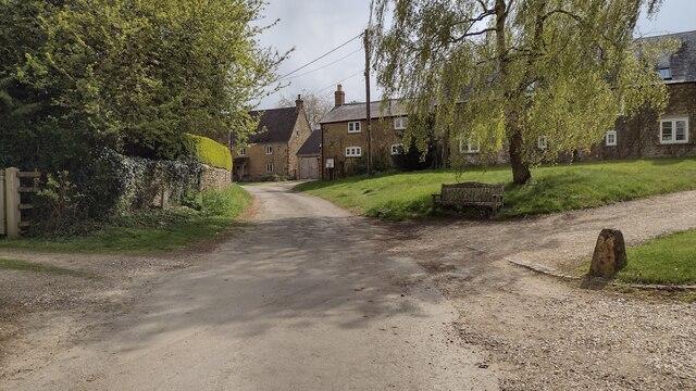 Ledwell Village