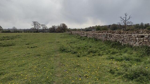 Path towards Pitts Lane