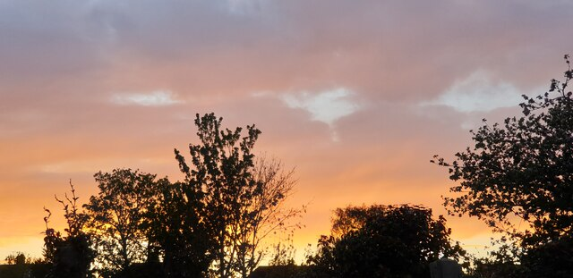 Sunset in Palmers Green