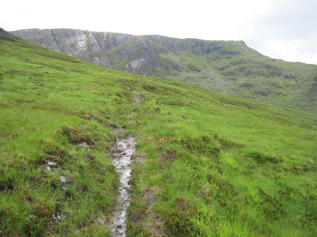 Path towards Creag a' Chaorainn