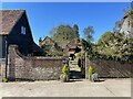 TQ1034 : Hermongers Farmhouse by Chris Thomas-Atkin