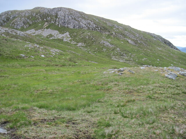 Crags towards southwest ridge of Glas Bheinn